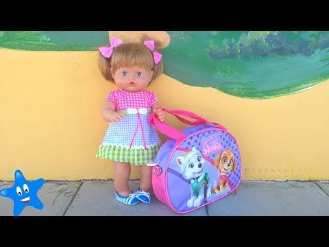¡Vuelta al cole! Estrenan mochila y bolsa de aseo Frozen y Hello Kitty Ani y Ona NENUCO - YouTube