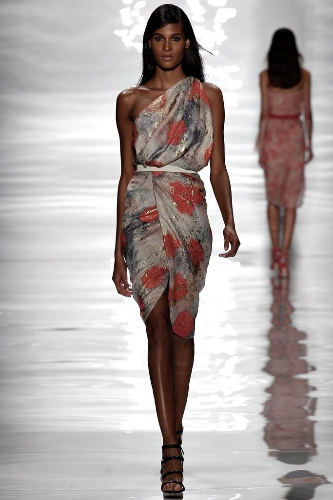 Reem Acra Spring 2015 Ready-to-Wear - Collection - Gallery - Look 1 - Style.com Cindy Bruna