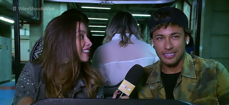 Neymar relembra aparições na TV e fala sobre o que gosta de fazer nas férias: 'Família, churrasco, pagode'