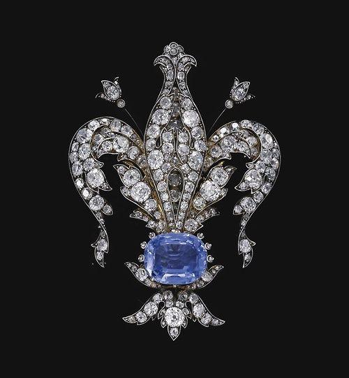 """Diamante e safira """"Fleur de Lys"""" broche, 1880."""