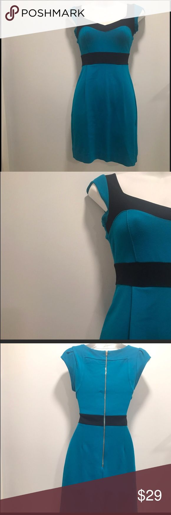 French connection bandage dress-4 This sleek and sophisticated dress is great for parties or other formal events. The fit is ideal and the colors pop. Classy and sassy! French Connection Dresses Mini