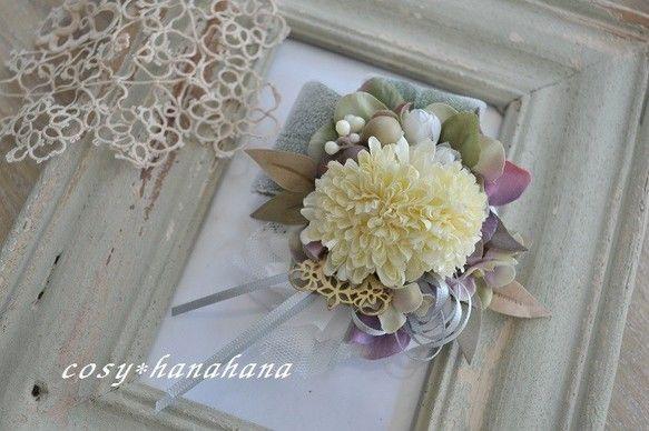 アーティフィシャルフラワー(造花)を使用したコサージュです。春色の綺麗めコサージュ。ふんわりお洋服に華を咲かせてくれます。胸元にひとつあるだけでシンプルなスー...|ハンドメイド、手作り、手仕事品の通販・販売・購入ならCreema。