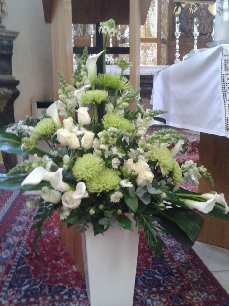 wedding arrangement - calla, ornithogalum, roses, chrysanthemum, antirhinum