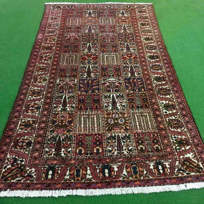 Catawiki> Online auctions: Field Bakhtiar, Iran, 303 x 165 cm  #Schusse # Wefts
