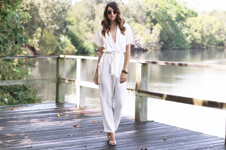 Loving how Jess has paired this gorgeous minimal white jumpsuit with our SHAZOEY dainty gold necklaces.