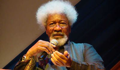 'I will not destroy my U.S. green card yet' - Wole Soyinka - http://www.thelivefeeds.com/i-will-not-destroy-my-u-s-green-card-yet-wole-soyinka-2/