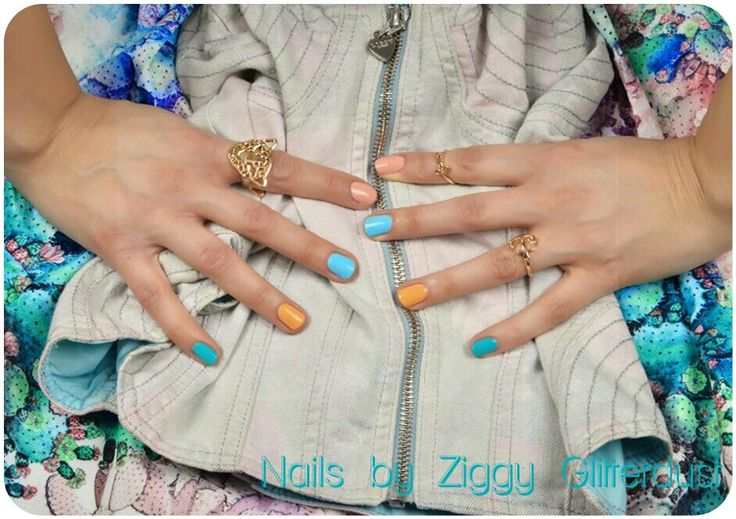 Pastel candy nails by Ziggy Glitterdust, multicolored cute nails