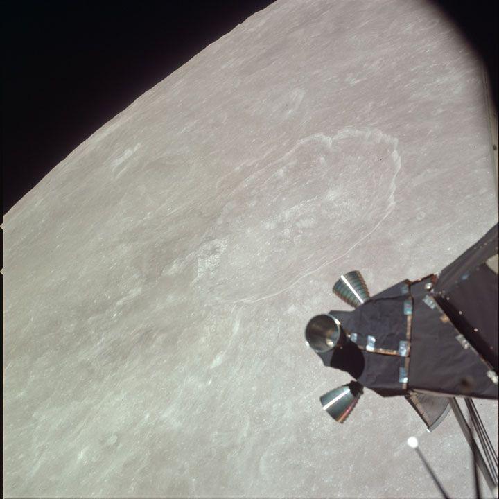 Un site internet vient de dévoiler 1407 clichés pris lors de la mission Apollo 11 durant laquelle Neil Armstrong a marché sur la Lune, en 1969 ! Des photographies inédites qui avaient été soigneusement conservées par la NASA pendant plus de 40...