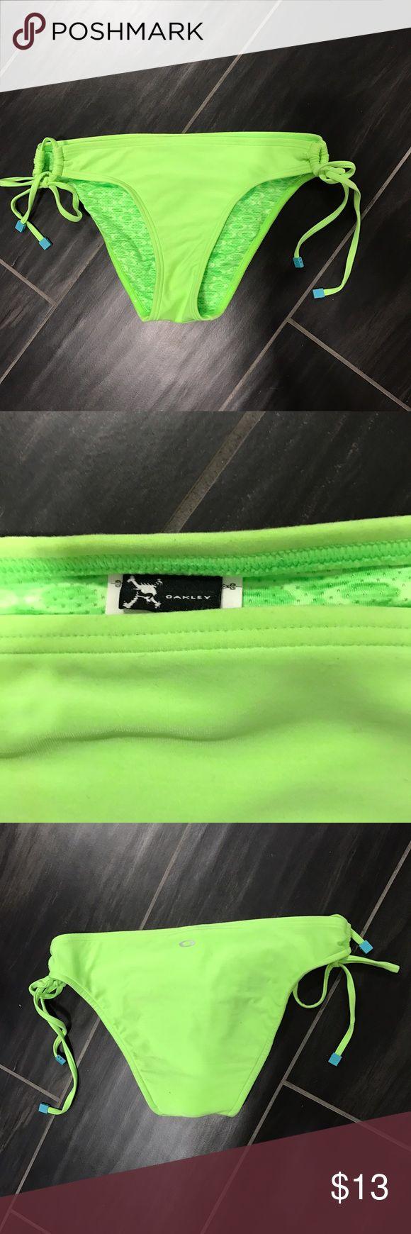 Cute Neon Green Bikini Bottoms! Neon bikini bottoms. Never worn and in perfect condition. Oakley brand so a good material. Make an offer ! 😊 Oakley Swim Bikinis