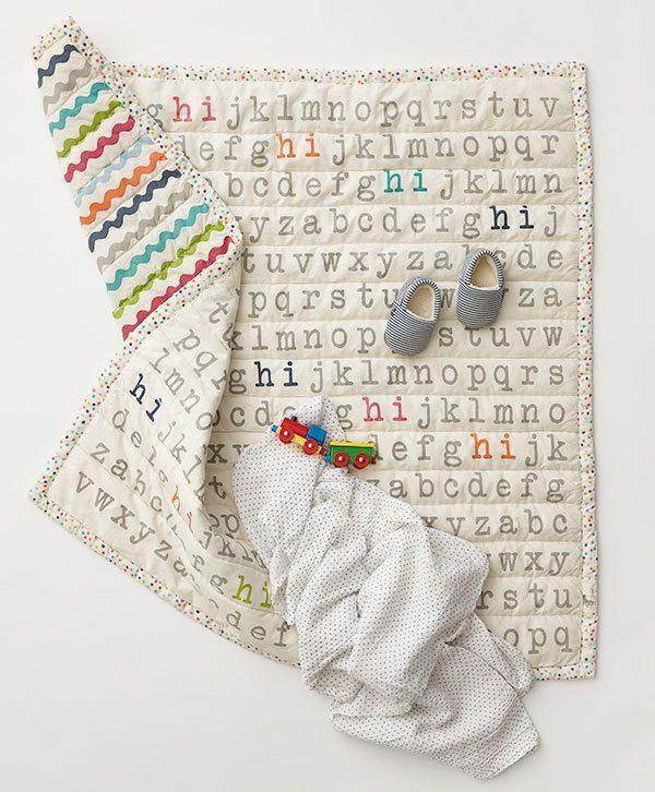 (http://www.spearmintlove.com/alphabet-quilt/)