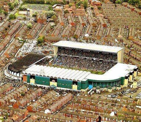 Maine Road. Manchester City.
