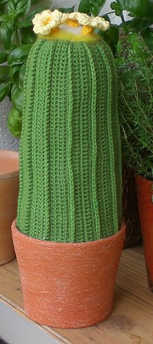 Riesenkaktus Cactus free crochet pattern by Kerstin Batz