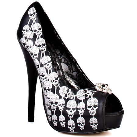 Iron Fist (I LOVE THESE... I am obsessed with skulls.)