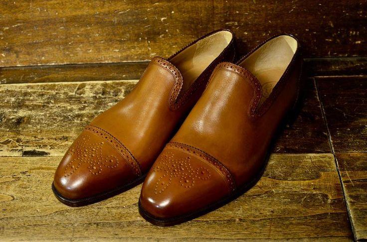 #mannina#shoes #madeinitaly #manninafirenze #scarpe #zapatos #chaussures #fatteamano #bespoke #handmade #mensfashion #men#style#look #gentleman #luxury #menswear #mensshoes #mensstyle #madetoorder #madetomeasure #shoemaker #atelier #workshop #firenze #italy #fashion #sumisura#custommade