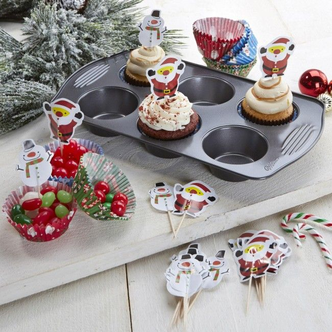 Add some extra Christmas to your delicious holiday treats with this Cupcake Decorating Kit.    Whether you're looking for stocking stuffers, Secret Santa presents, festive Christmas decor or even gift cards, we have a huge selection of unique holiday stuff to make your days and nights merry and bright.
