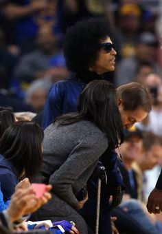 On March 3, 2016, Prince received a standing ovation at the Oracle Arena in Oakland, California, when he attended the Golden State Warriors game against the Oklahoma City Thunder.