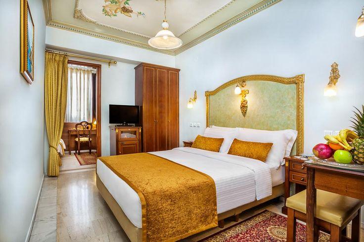 Είμαστε από τα λίγα Ξενοδοχεία στο Κέντρο της Θεσσαλονίκης που διαθέτουμε άνετα δίχωρα οικογενειακά δωμάτια που προσφέρουν χαλάρωση σε όλη την οικογένεια!