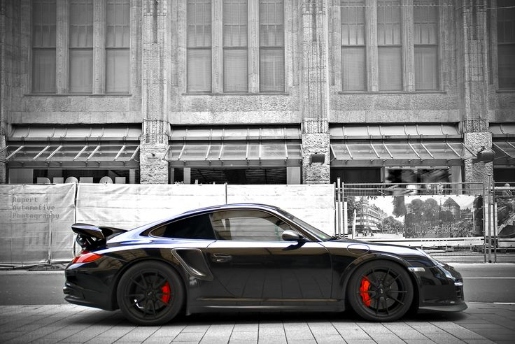 Porsche 911 I will so have one of these dammit. Among a million other cars I want but whatev...