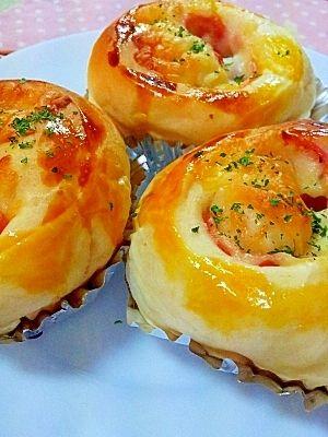 その他の惣菜パンのレシピ・作り方【簡単人気ランキング】 楽天レシピ HBでお惣菜パン♪ハム&チーズのふんわりパン
