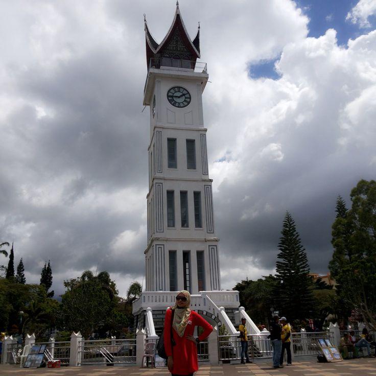 Padang - Indonesia ( Jam Gadang )