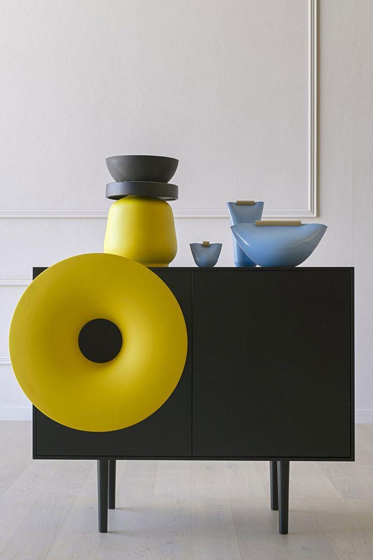 Sideboard mit bluetooth lautsprecher miniforms caruso muebles dise o industrial dise o - Muebles diseno industrial ...