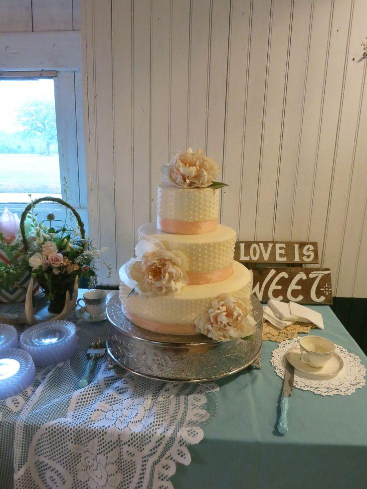 Wedding cakes in dover de