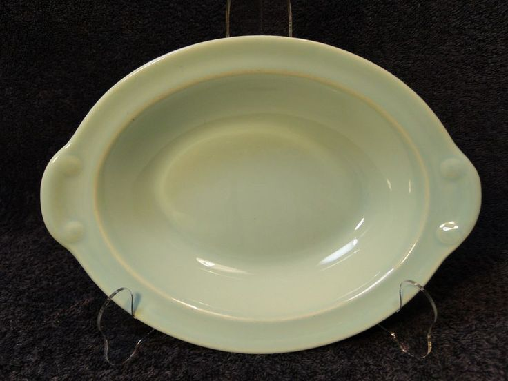 """Taylor Smith Taylor Luray Pastels Green Oval Serving Bowl 10 1/8"""" EXCELLENT #TaylorSmithTaylor"""