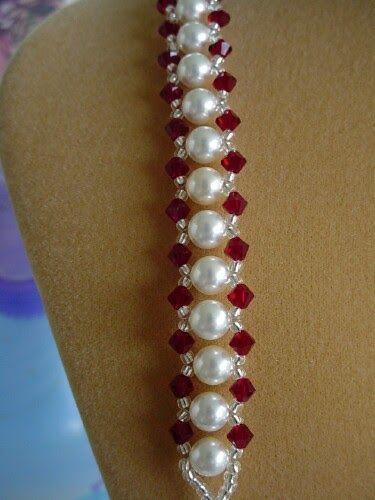 Ich liebe dieses Armband und es kann in vielen verschiedenen Birnenfarben bestellt werden.   – Kerzen aus Perlen