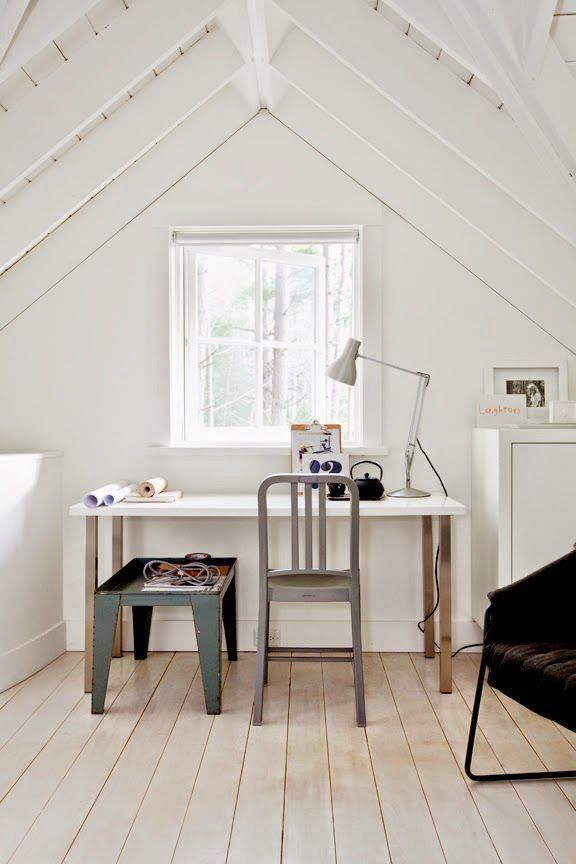 One lovely attic home office   Daily Dream Decor