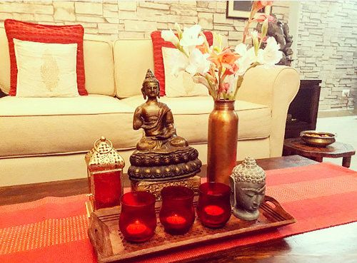 Tour A Gurgaon Home Decorated With Finds From Fabindia Center Table Decor Table Decor Living Room Living Room Coffee Table