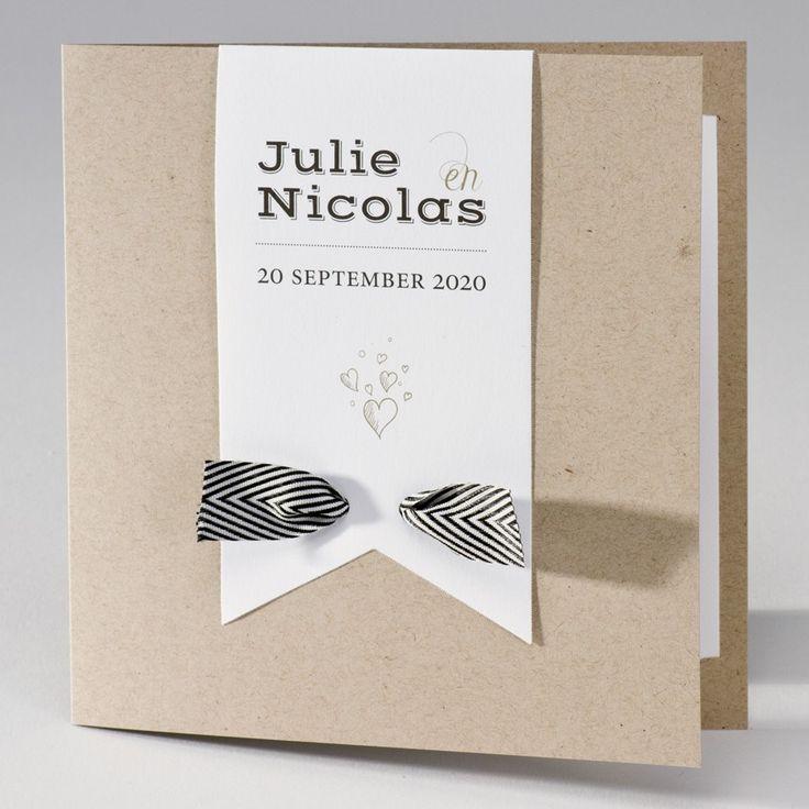 Trendy eco trouwkaart met zwart-wit gestreept lint