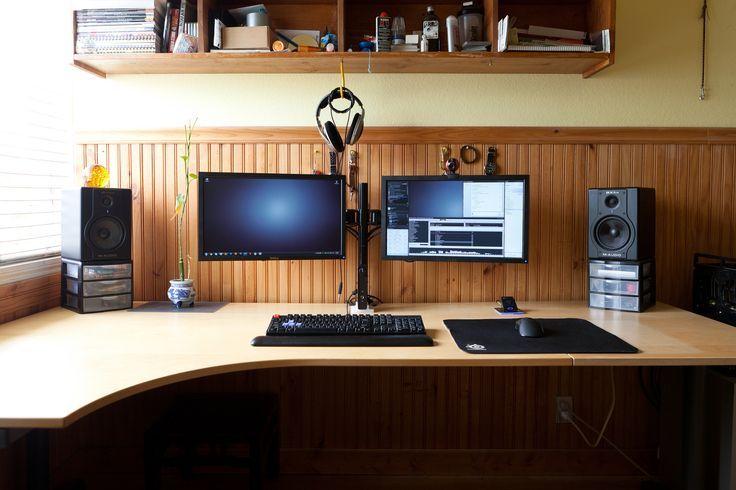 Stylish Desk For Dual Monitor Setup Dual Monitor Windows Workstation Megadesk Multi Monitors