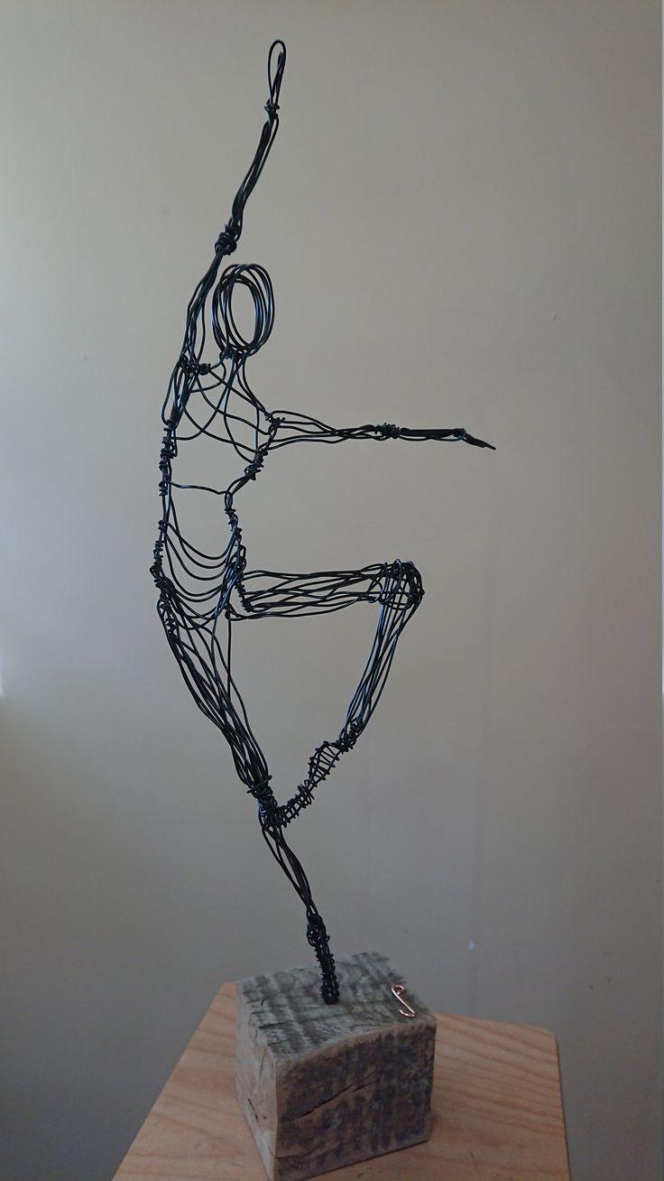 40 besten sculptures of wire - Skulpturen aus Draht Bilder auf ...