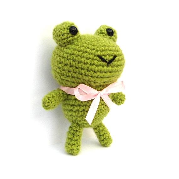 Kawaii Frog Amigurumi : 53 best images about loomigurumi on Pinterest