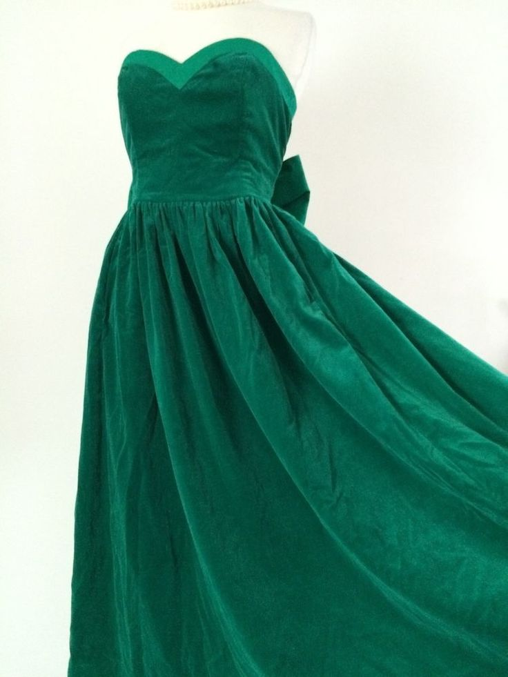 VINTAGE LAURA ASHLEY GREEN STRAPLESS VELVET
