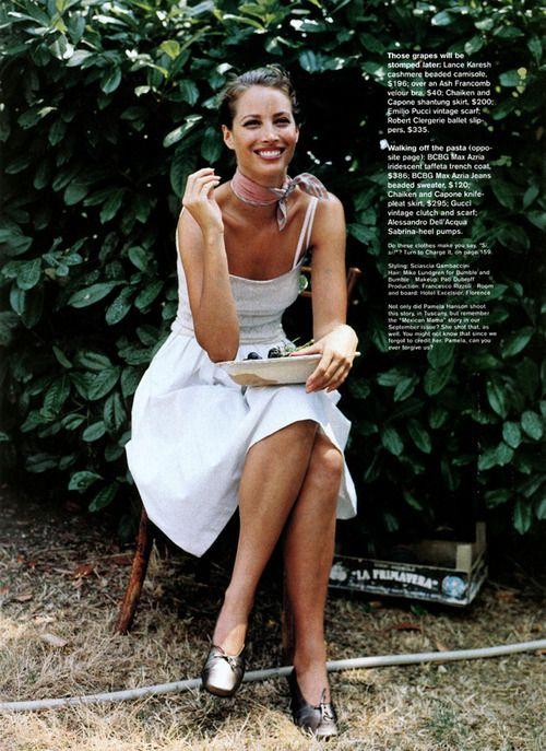 """La Dolce Vita"", Jane US, November 1998 Photographer: Pamela Hanson Model: Christy Turlington"