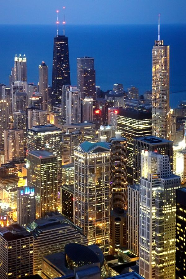 Chicago at Night   Chicago Skyline   Chicago Architecture   Lake Michigan   Great Lakes