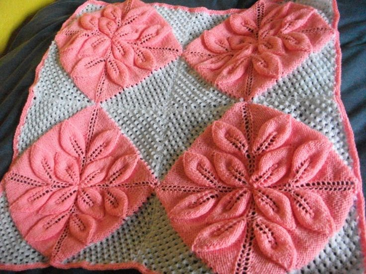 Pink and White Blanket - Knitting creation by mobilecrafts   Knit.Community