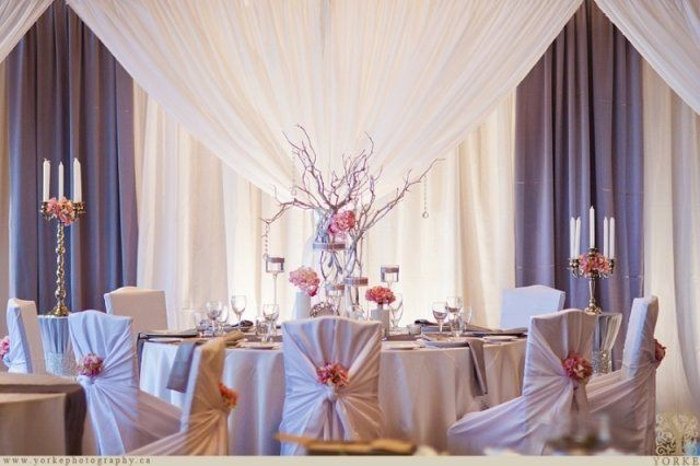 Head table design for elegant wedding | Moncton Wedding Decor | Unico Decor