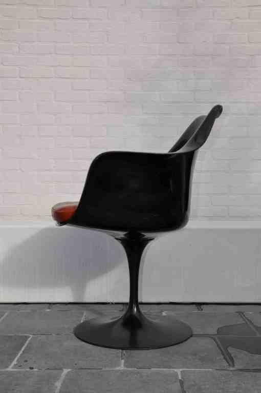 Best 25 Tulip chair ideas on Pinterest Eero saarinen Saarinen