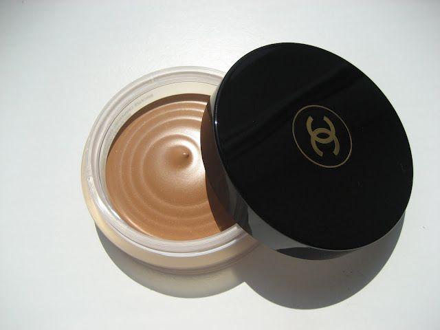 Chanel Soleil Tan de Chanel Bronzing Makeup Base (Bronze Universel) must get some :)