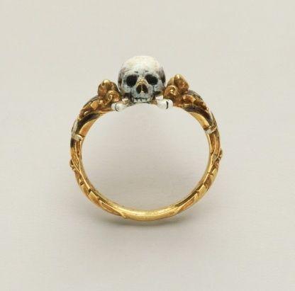 Skull Ring.                                                       …