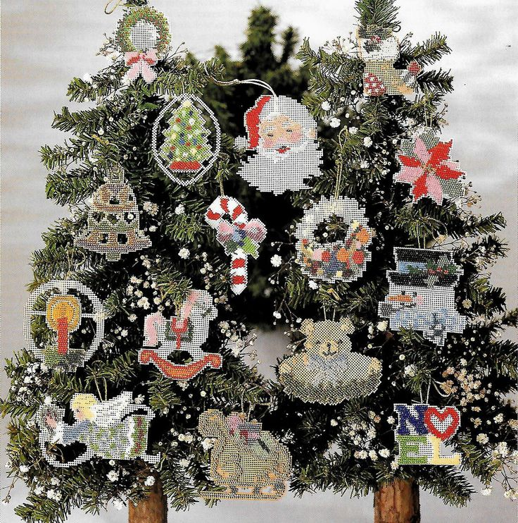 1000 images about Christmas Cross Stitch patterns on