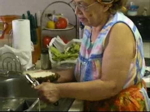 Aprendiendo Hacer Alcapurrias Con Mama Part 1