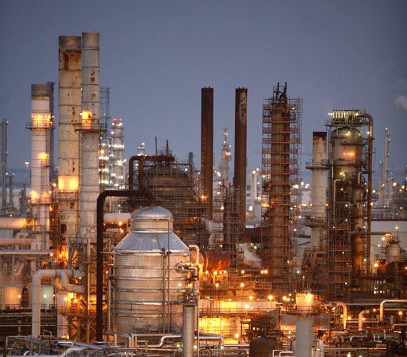 Esso Augusta Refinery Exxonmobil Italy Oil