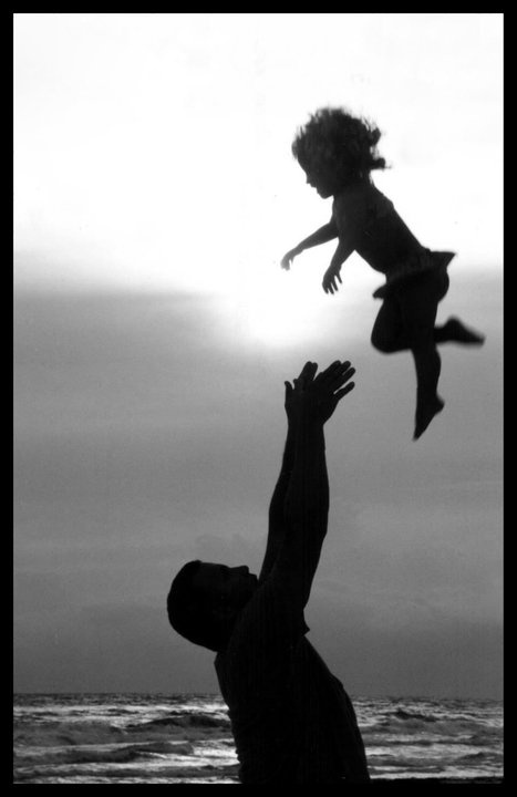 silhouette at the beach- Going to try this with Elli and dad.
