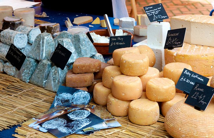 Stroud Farmers' Market is a multi-award winning Farmer's Market – voted Best Farmer's Market 2012 and 2013 – and is one of the biggest, busiest and most popular in the UK. And a must visit for not just locals but anyone staying in the area; especially if you are self catering. And when you go, …