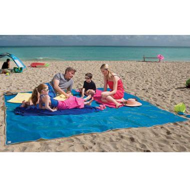 Sandless beach mat. Sand falls thru but can't come up.