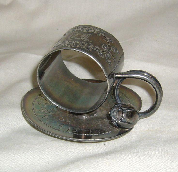ANTIQUE MERIDEN QUAD SILVERPLATE LILY PAD & BLOSSOM #168 VICTORIAN NAPKIN RING #Meriden