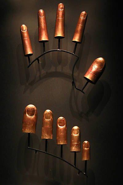 ARTE DOS FARAOS - Foto6 - Protetores de dedos dos pes e das maos expostos aos visitantes